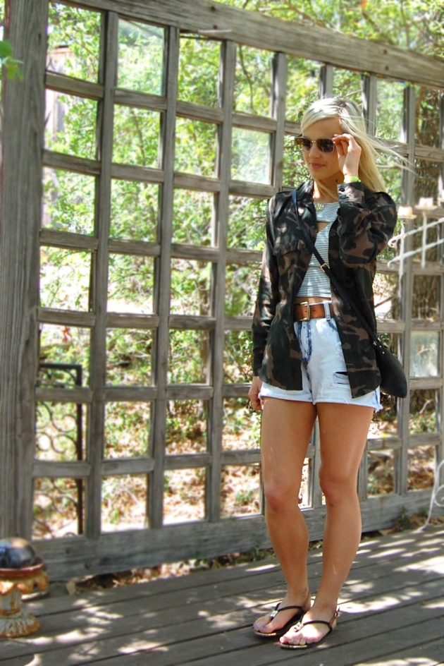 1-camo-stripes-vandi-fair-lauren-vandiver-fashion-blog-texas-blogger