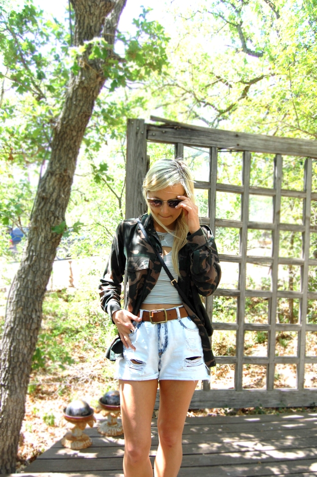 2-camo-stripes-vandi-fair-lauren-vandiver-fashion-blog-texas-blogger